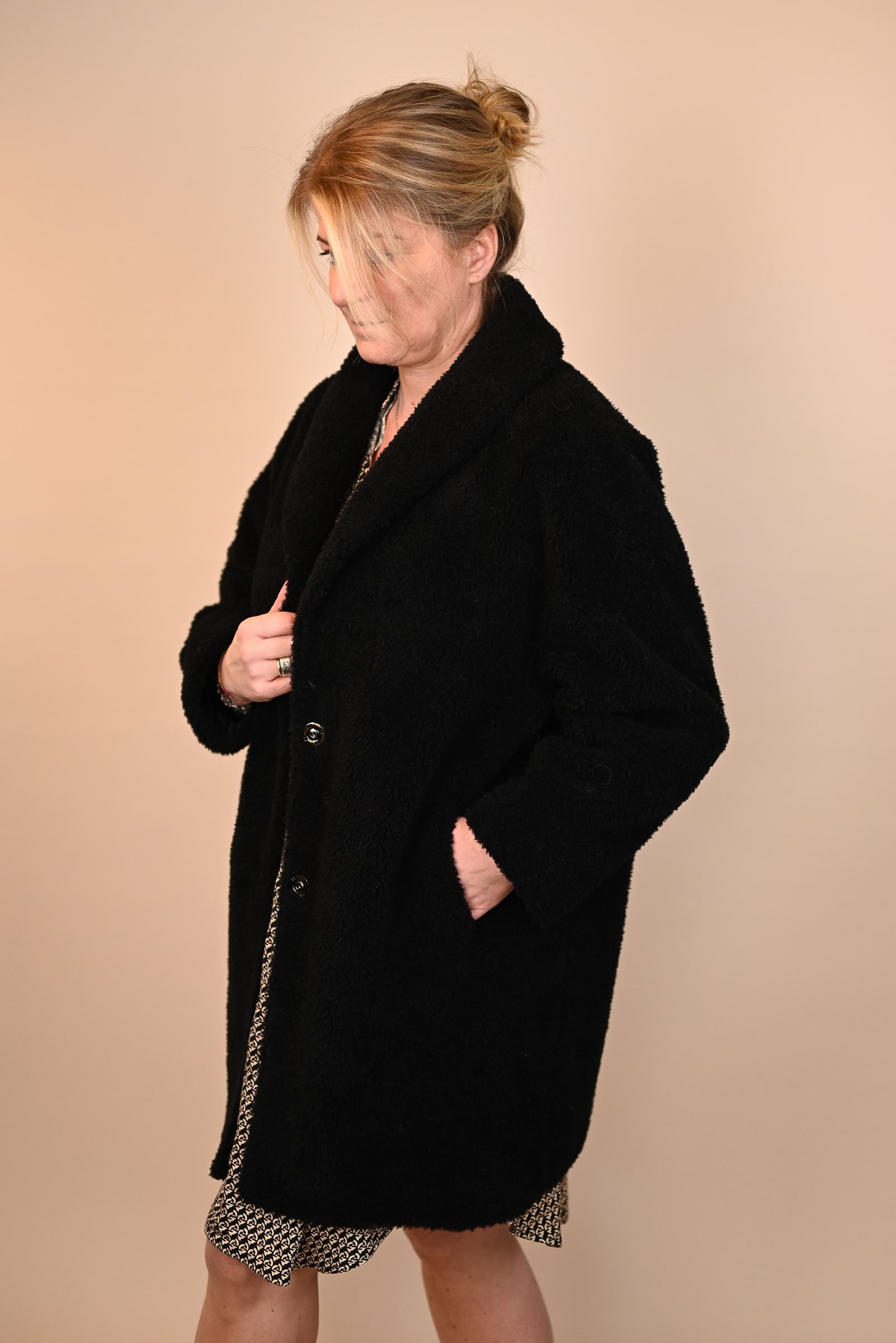 FLONA Mantel schwarz