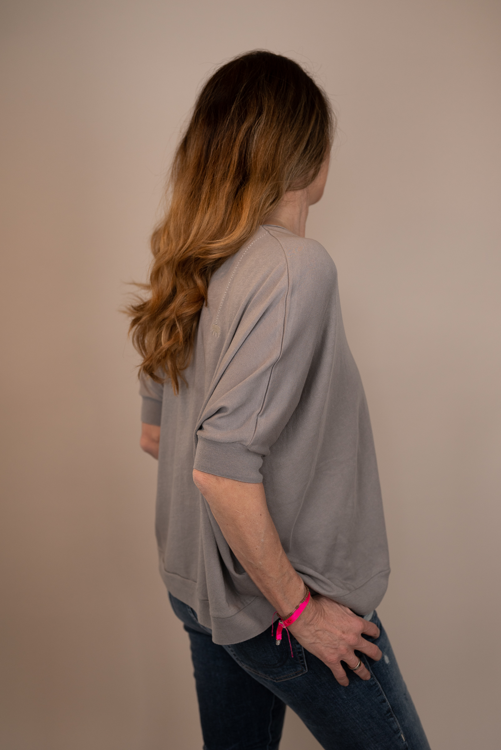 LOVE JOY VICTORY T-Shirt taupe